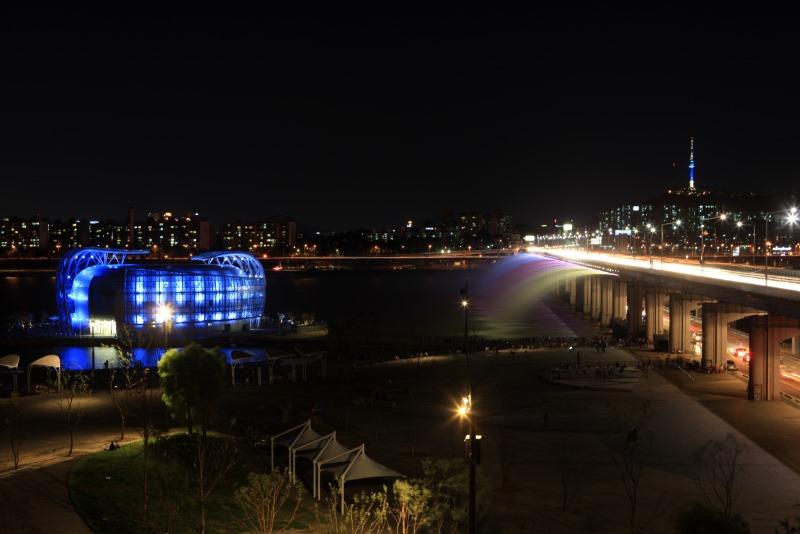 반포 달빛무지개분수와 세빛섬.JPG